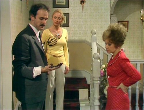 Fawlty-Towers-The-Psychiatrist.jpg