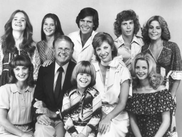 Eight Is Enough-Cast.jpg