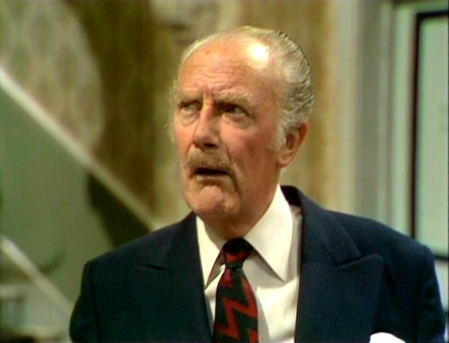 Fawlty-Towers-Major-Gowen.jpg
