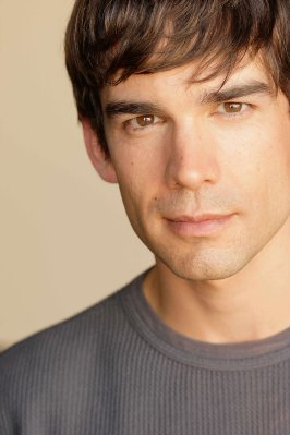 Christopher Gorham.jpg